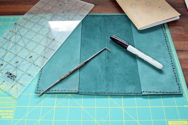 notebook-sewn-with-saddle-stitch